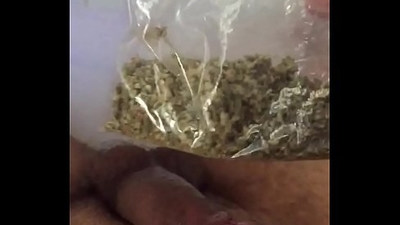 ladies who want to fuck my cock? Comment below .Masturbating after having weed