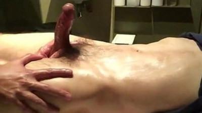 Piss and cum in Singapores massage spa