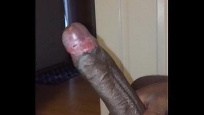 Big dick jerkoff til cum