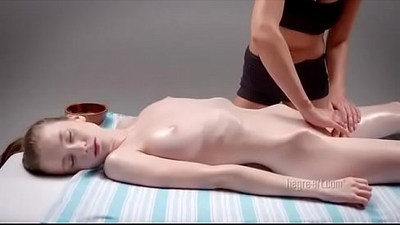 Lesbo sex clips that also have some gay action
